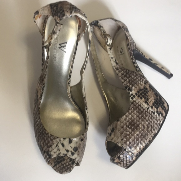 WORTHINGTON snake print High Heel Pumps Size 8
